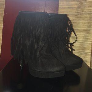 Show dazzle ankle boots
